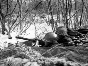 US soldiers in snow