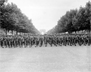 us_troops_down_champsemlysees_paris
