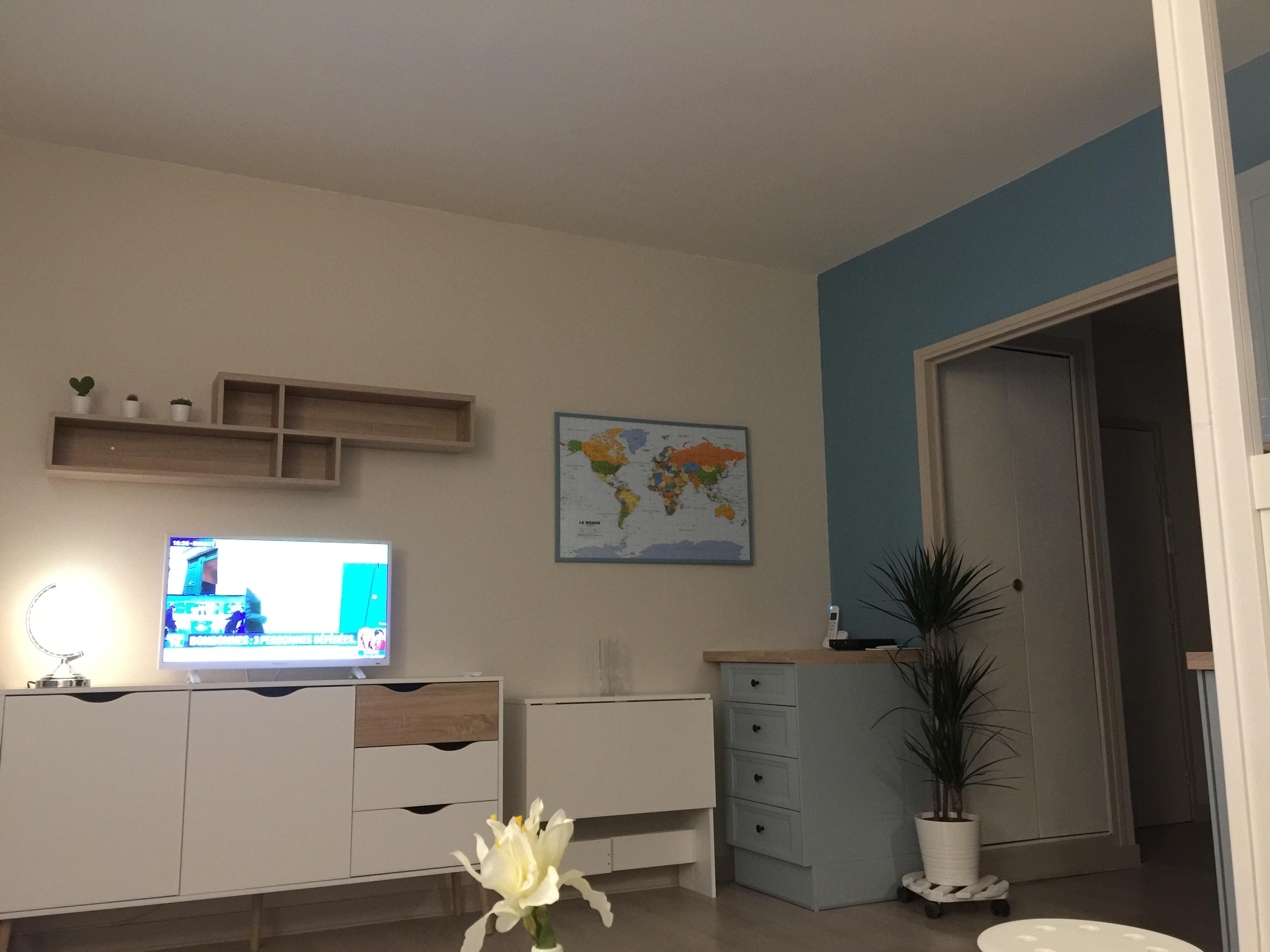 Living room/TV, WIFI